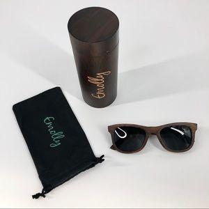 Emolly Dark Colored Bamboo Polarized Sunglasses